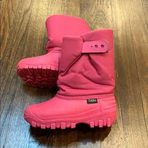 Tundra Teddy 4 Pink Snow Boots Size 13